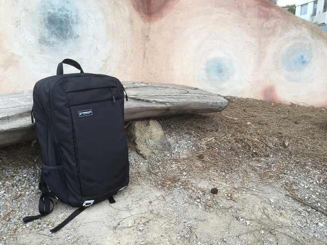 Timbuk2 Command