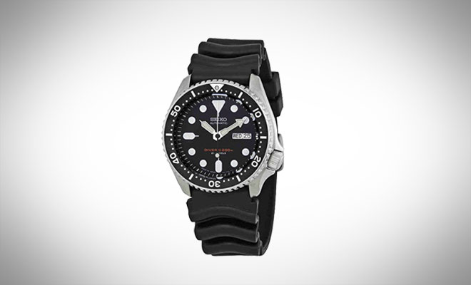 Seiko SKX007J1 Analog Diver's Watch