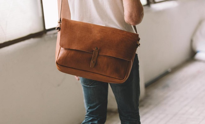 WP Standard Vintage Leather Messenger Bag
